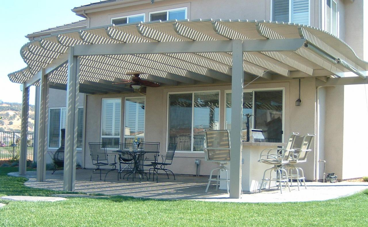 Nice ... Contoured Lattice Patio Cover ...